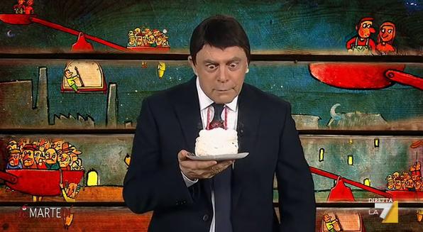 Crozza Renzi spegne candeline per 2 anni governo