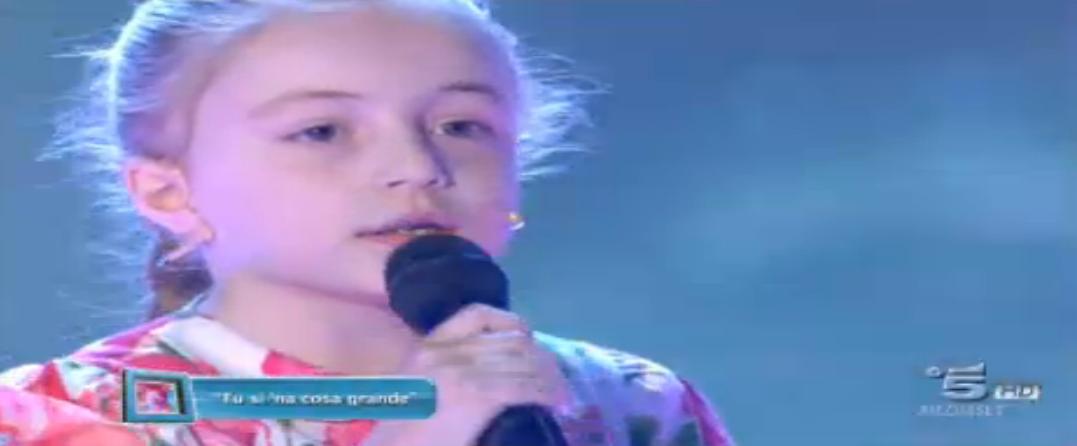 Giaca canta Tu sì na cosa grande a soli 8 anni