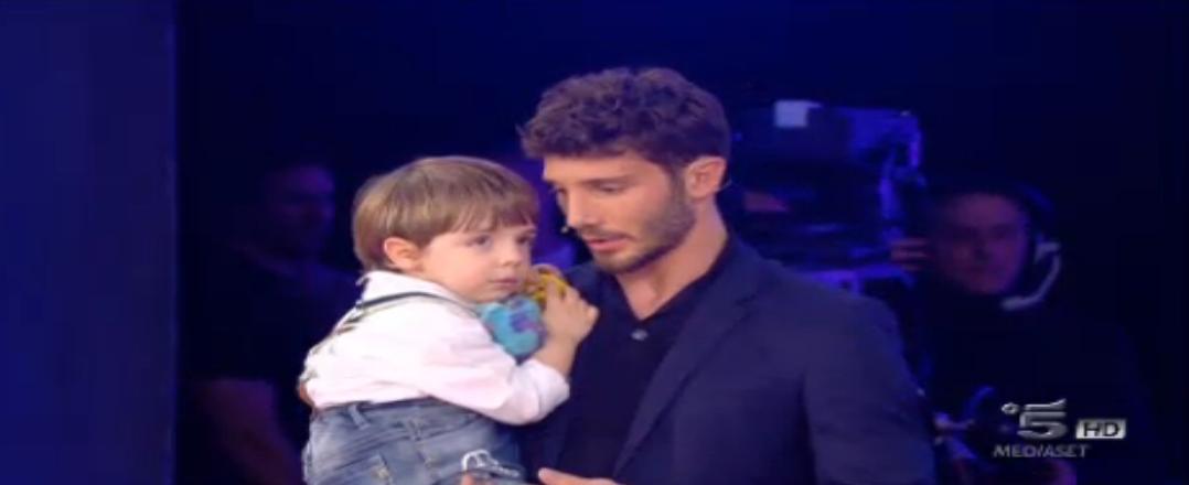 Stefano De Martino e il piccolo Giorgio
