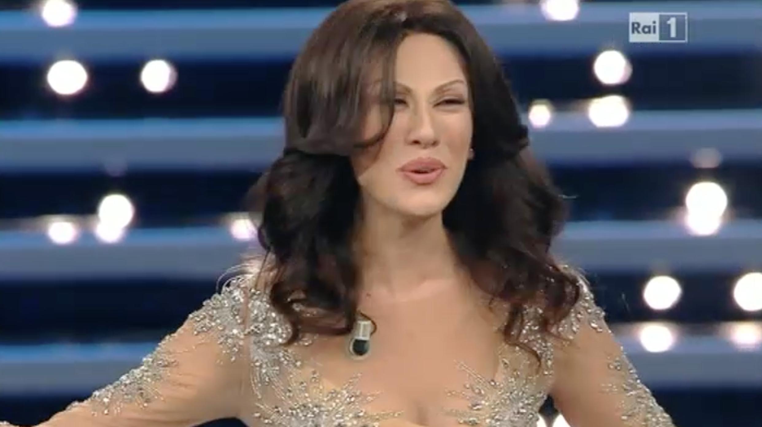 Virginia Raffaele è Sabrina Ferilli