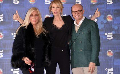 Isola dei Famosi 2017, Alfonso Signorini e Mara Venier non saranno presenti?