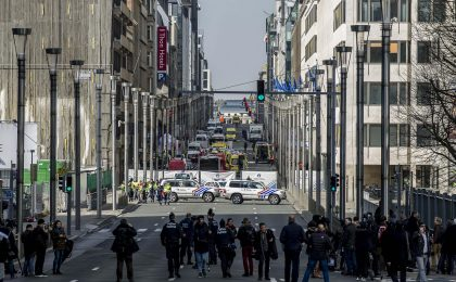 Attentati a Bruxelles, programmazione tv speciale: Quinta Colonna e Ballarò in prima serata, Tg5 al posto di Chiambretti