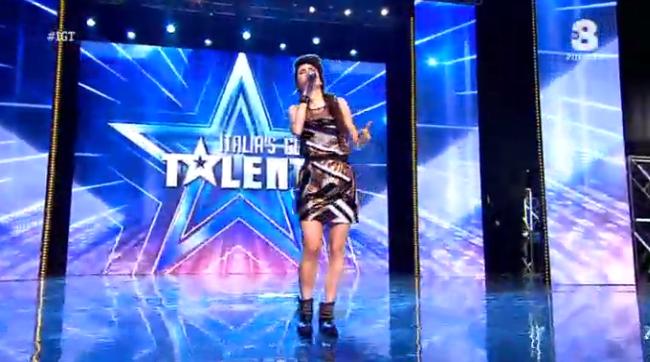 Lodovica Comello canta a Italia's got talent