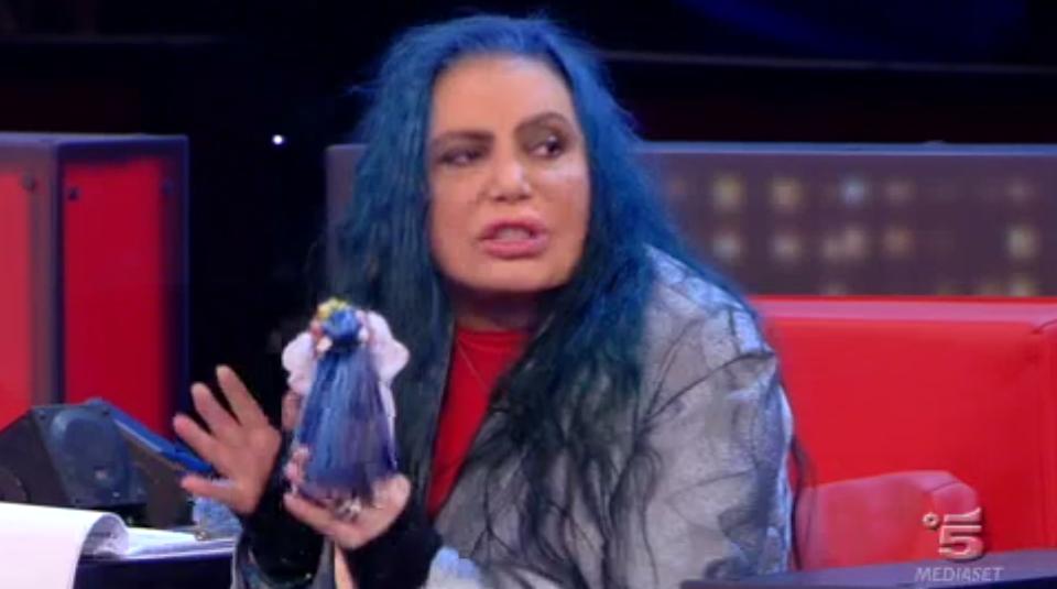 Loredana Bertè critica Chiara ad Amici 15