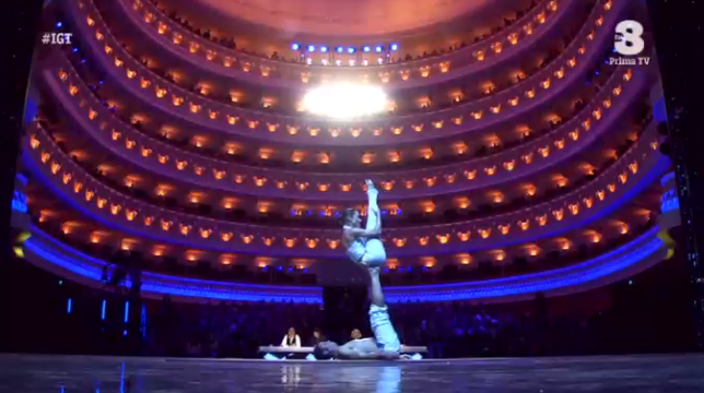 Luigi e Francesca, yoga a Italia's got talent 2016