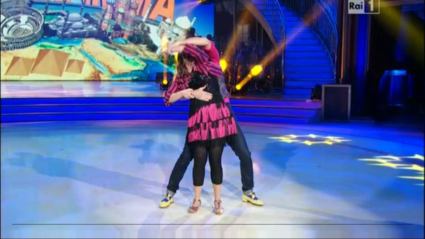 Nicole Orlando e Stefano Oradei samba