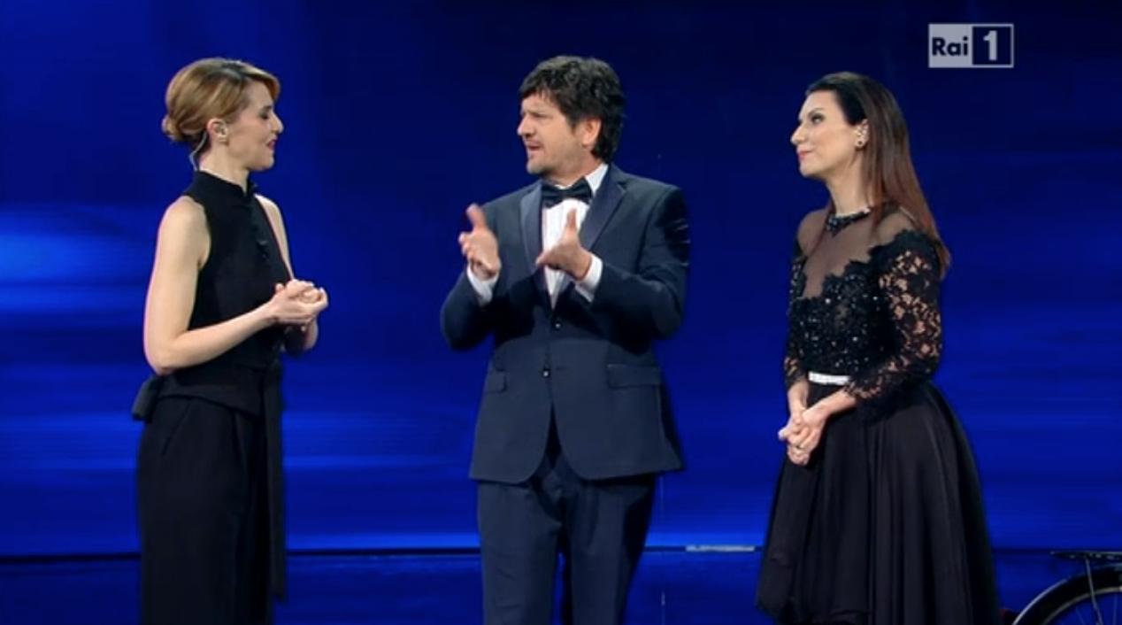 Paola e Laura con Fabio De Luigi