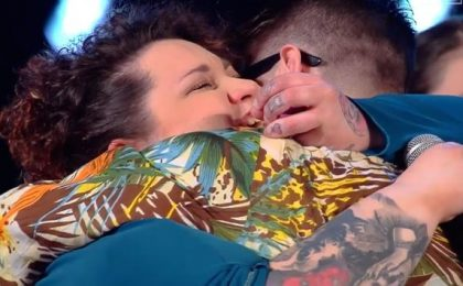 The Voice 2016, proposta di matrimonio gay per Sara delle Foxy Ladies