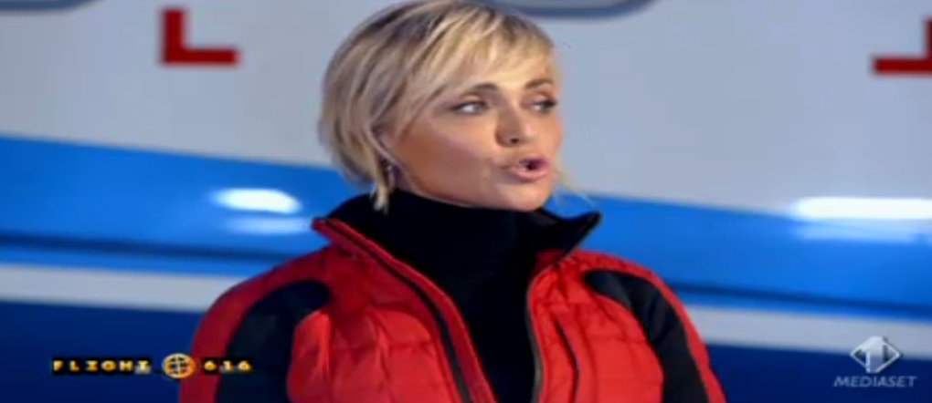 2 Paola Barale debutta a Flight 616