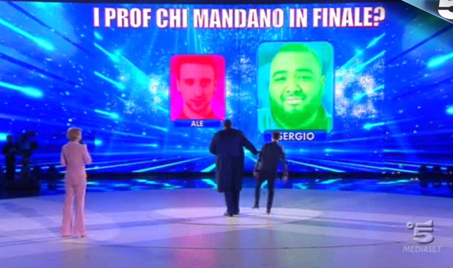 43 I professori mandano Sergio in finale