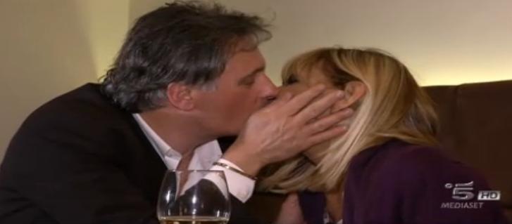 9 Uno dei primi baci tra Gemma e Giorgio