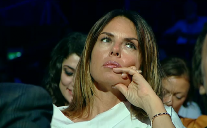 Parliamone…Sabato, su RAI 1: Paola Perego scherza con Rosalia Porcaro