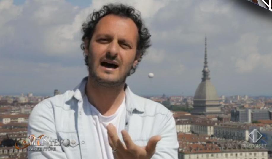 27 Fabio Troiano indaga sulla Sacra Sindone a Mistero