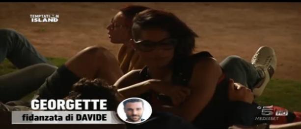 Georgette abbraccia Claudio