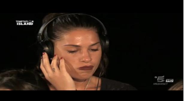 Seconda puntata, Ludovica al falò