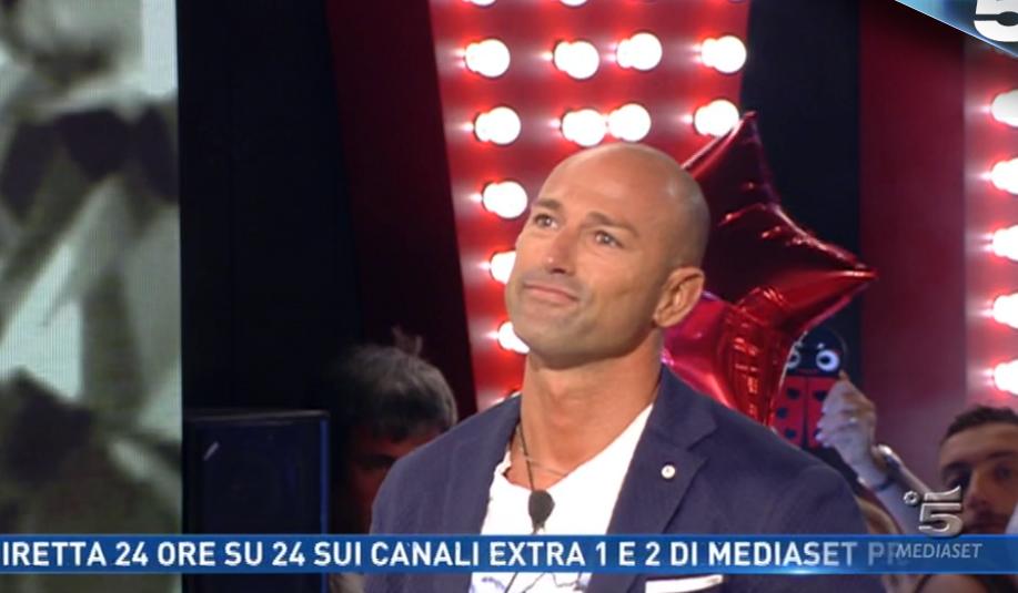 GF VIP: Stefano Bettarini preoccupato dopo le rivelazioni a Clemente Russo