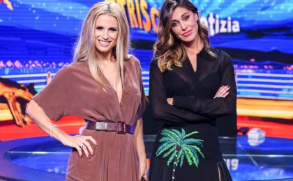 Belén Rodriguez e Michelle Hunziker a Striscia La Notizia, intervista