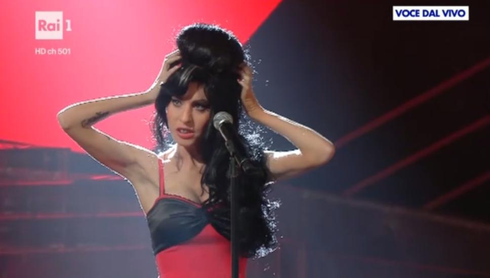 11 Tale e Quale Show, Bianca Atzei imita Amy Winehous