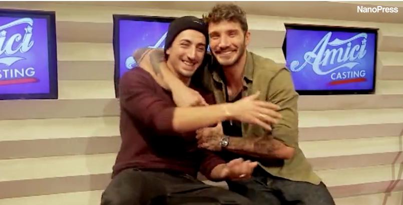 Abbraccio Stefano De Martino Marcello Sacchetta