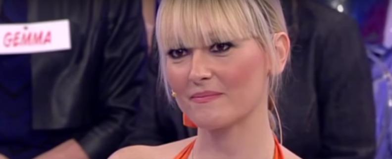 Laura Laureti, scontro fisico con Tina Cipollari: addio al trono over