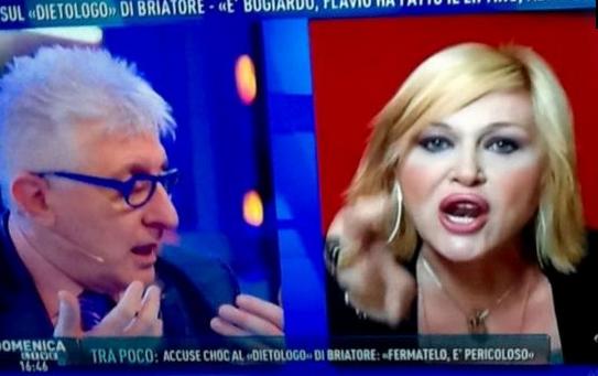 Domenica Live: rissa sfiorata tra il Dottor Lemme e Nadia Rinaldi, bloccata da Barbara D'Urso