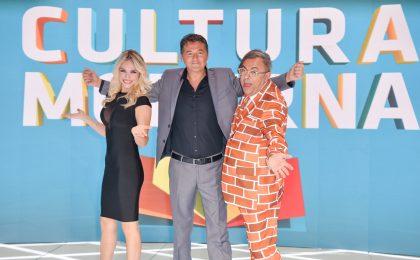 Cultura Moderna, il ritorno a Mediaset non convince. E i presentatori si parlano poco