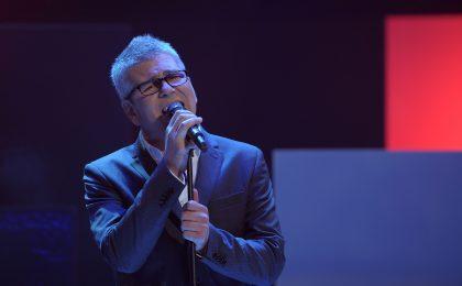 Michele Zarrillo a Sanremo 2017 con 'Mani nelle mani': testo della canzone