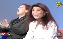 Striscia la notizia contro Wanna Marchi e la figlia Stefania Nobile a LIsola: le parole di Ezio Greggio