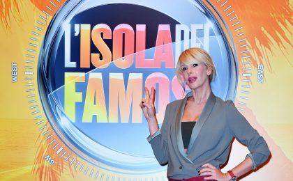L'Isola dei Famosi 12, Alessia Marcuzzi: 'Nel cast concorrenti controversi' [INTERVISTA]