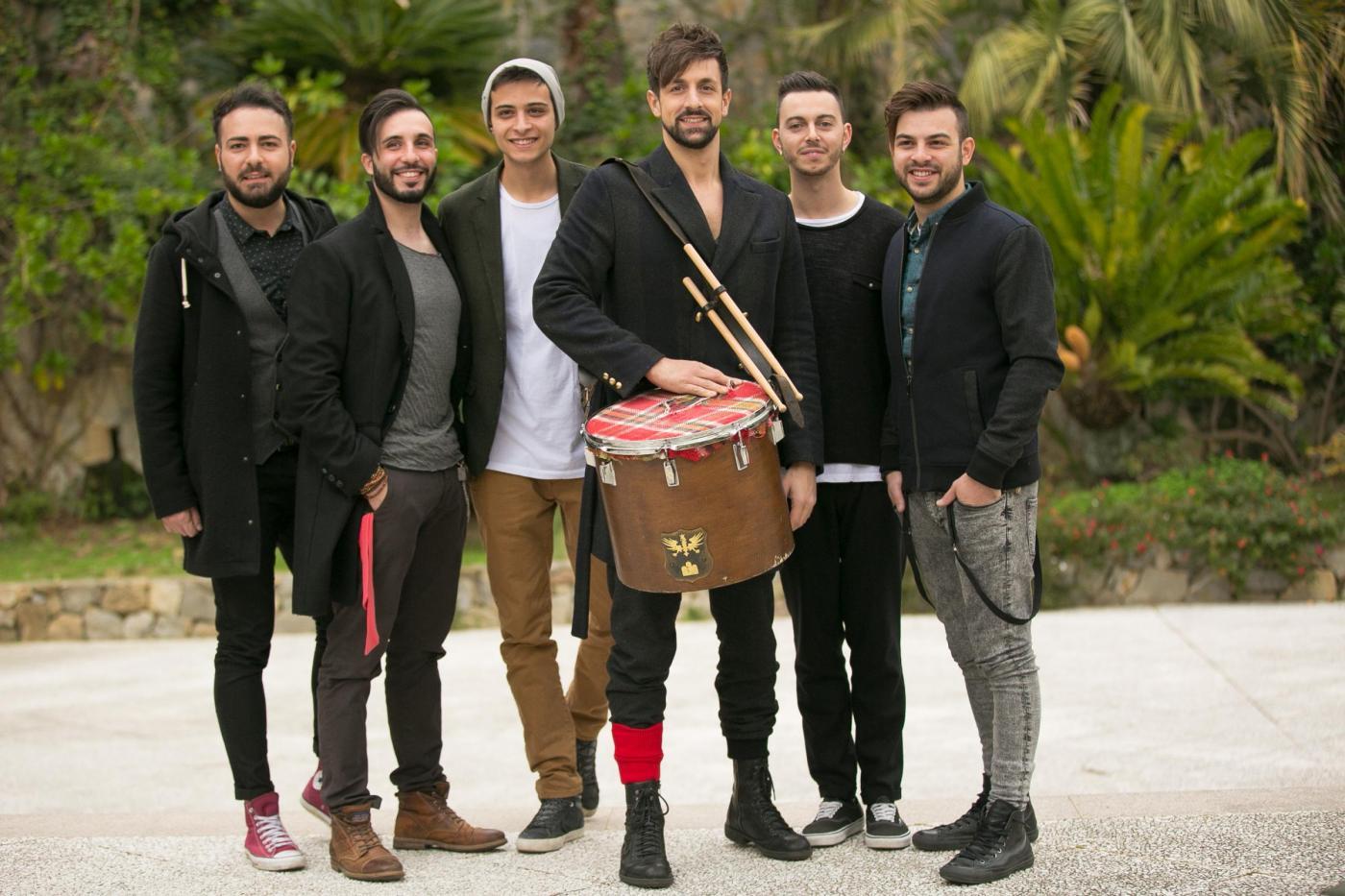 Dopofestival Sanremo 2017: La Rua firmeranno l'intersigla con 'Tutta la vita questa vita' e saranno ospiti dello show, il testo della canzone