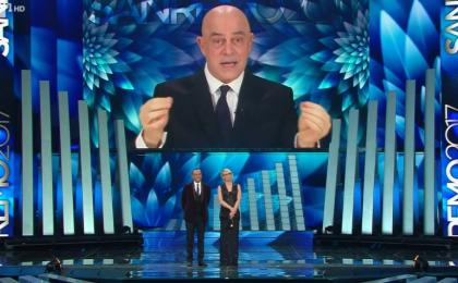 Maurizio Crozza a Sanremo 2017, la prima copertina: 'Carlo e Maria Promessi Sponsor'