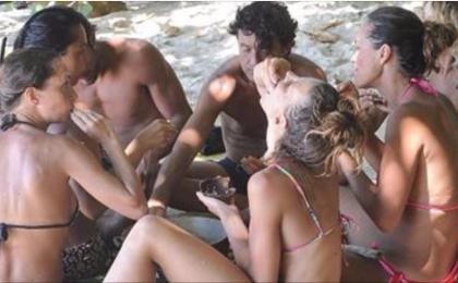 L'Isola dei Famosi 12, Nancy Coppola e l'ira dei compagni: colpa del menù!