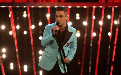 Robbie Williams ospite a Sanremo 2017: al Festival il suo 'Heavy Entertainment Show'