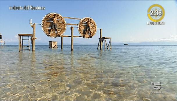 Isola dei famosi 2017, Simone e Giulio prova leader