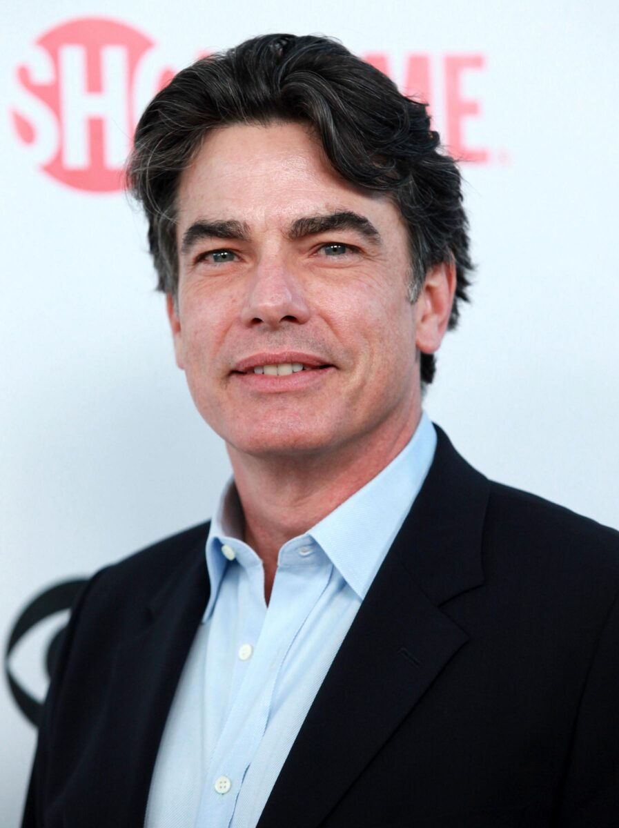 a Peter Gallagher