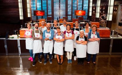 Celebrity Masterchef Italia, eliminati seconda puntata: Maria Grazia Cucinotta e Antonio Capitani
