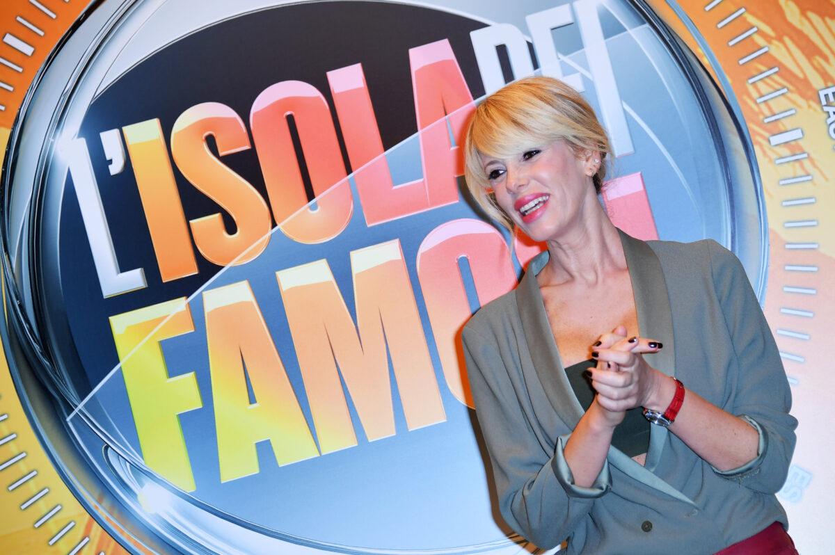 L'Isola dei famosi 2017, finale del 12 aprile su Canale 5 in diretta live