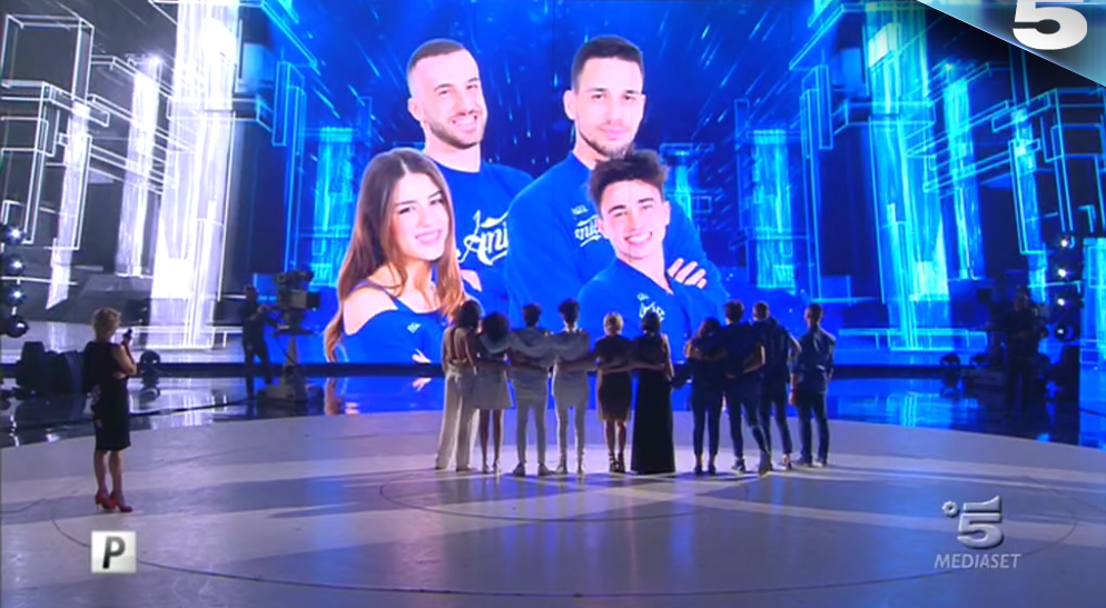 Blu vincono seconda manche sesta puntata amici 2017