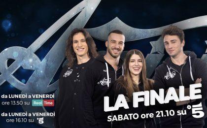 Amici 2017 finale, il regolamento: due fasi di televoto e la sfida tra un cantante e un ballerino