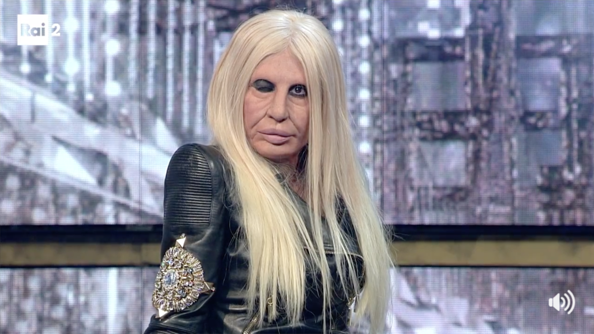 Donatella Versace Virginia Raffaele