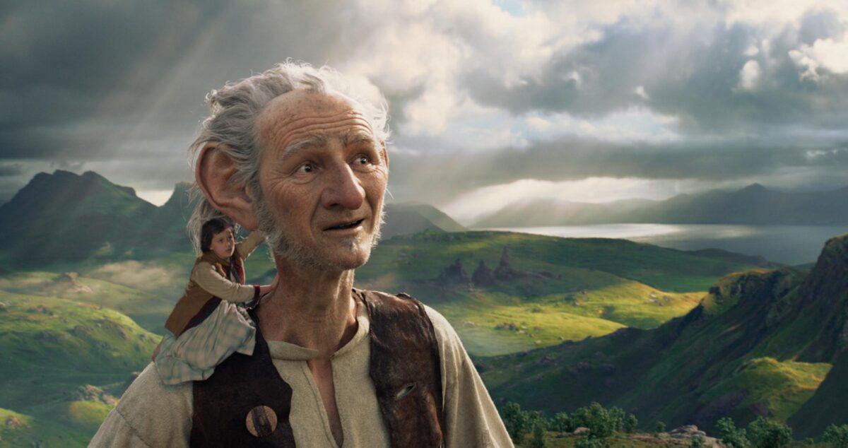 Scene del film 'BFG' di Steven Spielberg