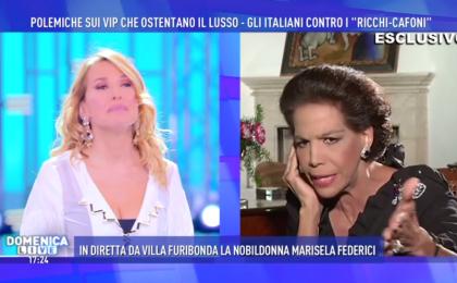 Domenica Live: scontro in diretta tra Barbara D'Urso e Marisela Federici