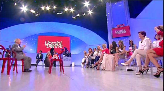 Uomini e Donne oggi, anticipazioni e news trono over – puntata 26 maggio 2017: le coppie di Canale 5