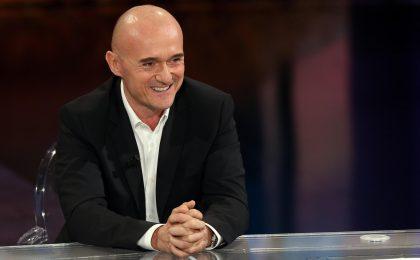 Barbara D'Urso, Alfonso Signorini contro la conduttrice: 'La TV non è di nessuno'