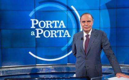 Bruno Vespa, lettera alla Rai sul tetto compensi: 'Sono un giornalista o un artista?'