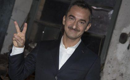 Nicola Savino a Mediaset, il conduttore firma un contratto biennale e lascia la Rai