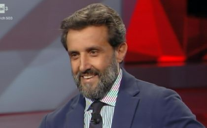 Flavio Insinna riconfermato a Dopo Fiction: la decisione della Rai dopo il caso Affari Tuoi