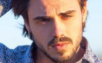Uomini e Donne, Francesco Monte contro Andrea Damante e Giulia De Lellis: 'Ridicoli'