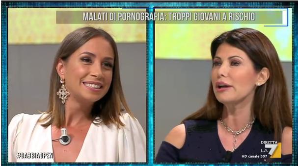 La Gabbia Open, Susanna Messaggio contro Malena: 'La donna vera non fa pornografia'