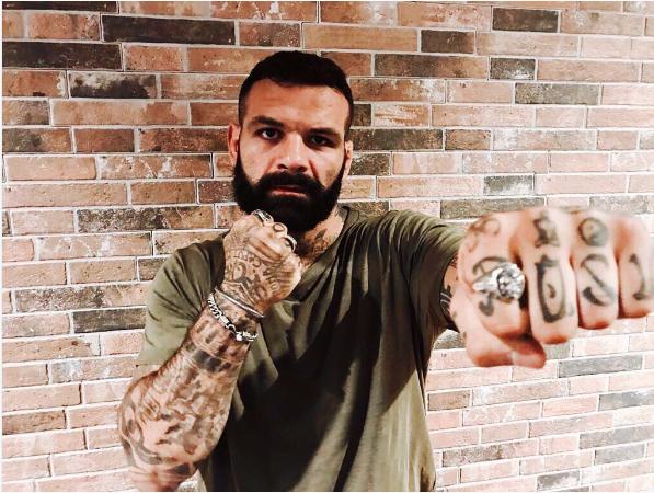 Alessio Sakara, lottatore di arti marziali